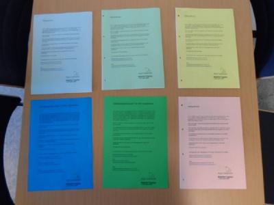 Eksempler på farvede spørgeskemaforsider